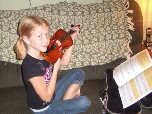 Ash and her viola